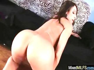 older babe enjoy ebony penis in her cave video05