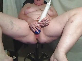 bbw matures teases for cam