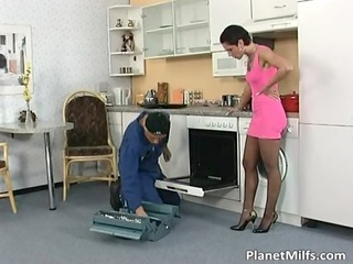 divorced babe simply can&#039_t resist him