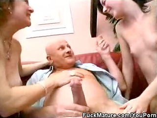 two matures libido sucks a fortunate older as nice