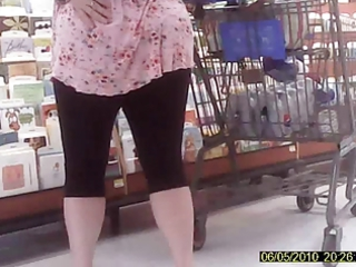 mature inside legging and carnival her arse
