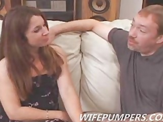sweet milf fulfills celebrity drive as she sucks