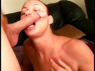 older chick loves sucking cock