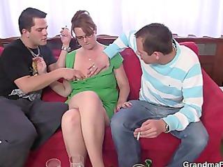 older slut gets her throat and arse banged