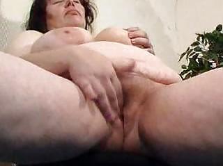 chunky mom didles with her chucky slut