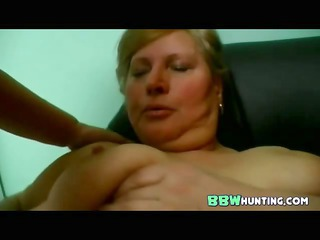 plumped cougar homosexual women pleasing