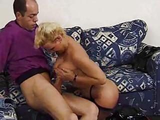 matureblonde and horny!