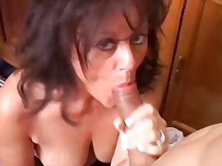 gorgeous grown-up babe gives a dick sucking lesson