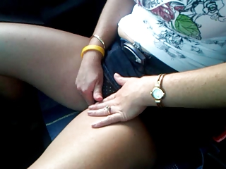 slutty woman pleases inside the car