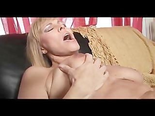 mommy bangs ideal 4 scene 5