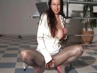 piss satin mature babe in so impressive shiny