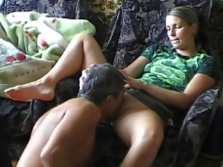 fella plays his girl