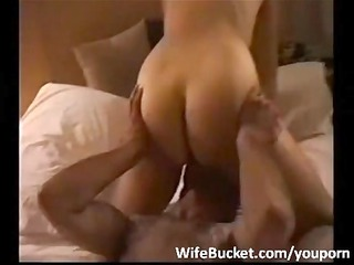 hotel threesome with amateur wife