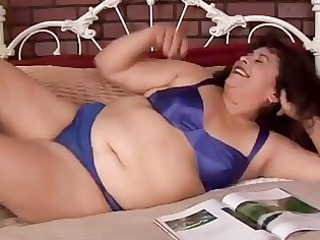 gorgeous plump elderly young richelle enjoys to
