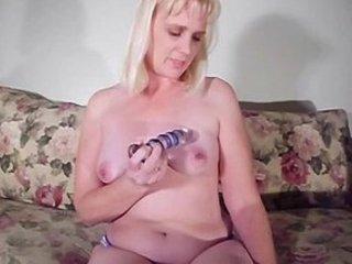 blonde mature mom