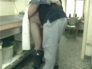 ooohhh mummy ! you really busty !! hidden cam