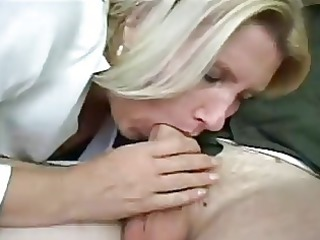 albino mature lady gets drilled