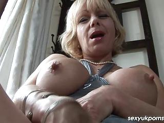 english woman jane bond frigs her fanny inside