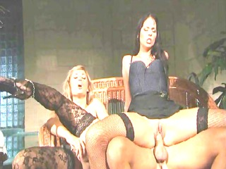 super threeway in pantyhose