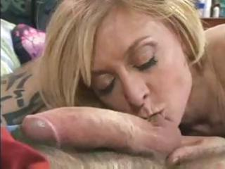 ancient slut kate hartley likes to suck and kiss