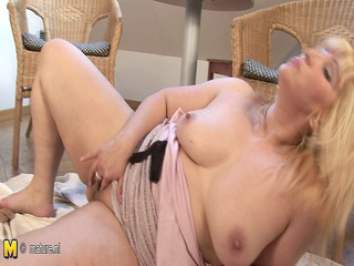 bleached inexperienced older lady jerk off lone