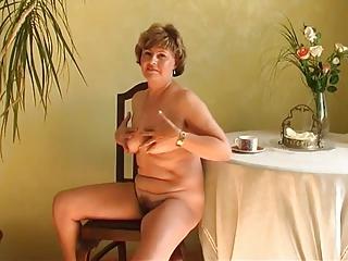 granny alone r20