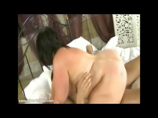 horny brit babe andi xxx acquires a giant dick