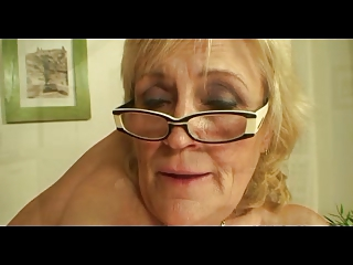 saggy boobed old in glasses and stockings