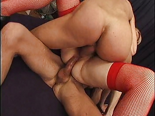 french cougar takes anal &; an twin penetration