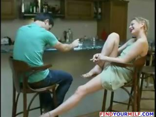 russian woman likes to swallow