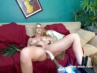lady robbye bentley live sex machine cam
