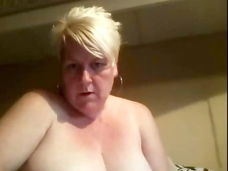 karen is a large amateur mature pale that likes