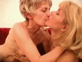grandma likes it 3 way, act 4 grown-up mother