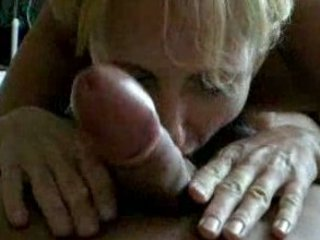 lady giving a nice dick sucking with good result