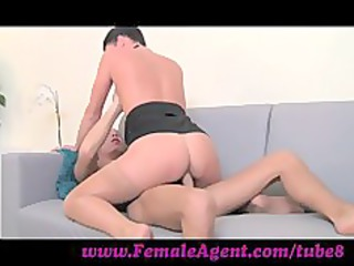 chick with amazing cowgirl skills