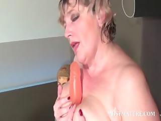 trashy cougar pushing vibrator pink slut