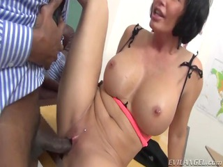 beautiful mother id enjoy to fuck obtains her