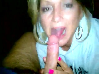 cheating lady oralstimulation with sperm into mug