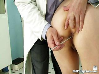 granny miriam medic gyno speculum pussy checkup