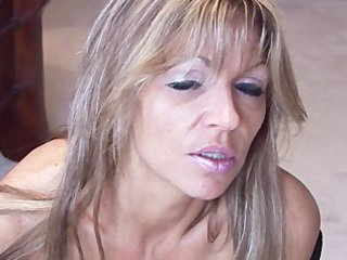 cougar solo smoking