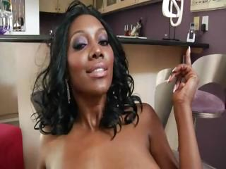 hot black lady nyomi banxxx with a booty bottom