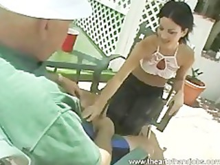 teenage babe outside handjob