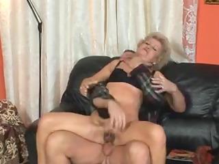 hairy cougar girls obtaining fucked heavily