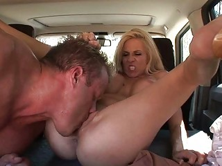 bleached lady cant believe cave licking technique