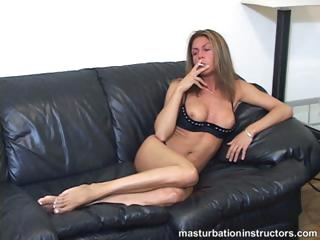 smoking mature babe flashes boobs as she longs