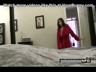 lady helps her horny son hornbunny.com