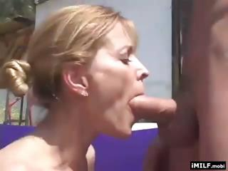 blonde milf fucked uneasy outside