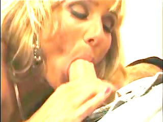 housewife craves greater quantity strapon