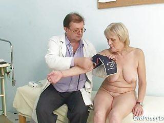 brigita gynochair mature pussy speculum gyno