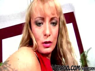 he makes adore to slutty cougar vubado woman !!